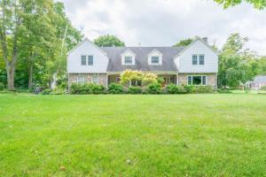 86 Green Av, Schodack, NY 12033-1523