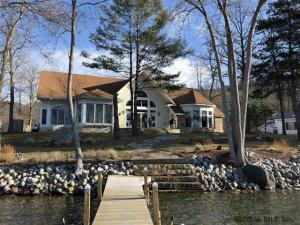 212 Black Point Rd, Ticonderoga, NY 12883