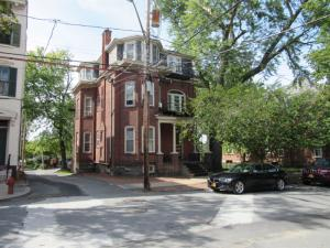 16 Washington Av, Schenectady, NY 12305-1340