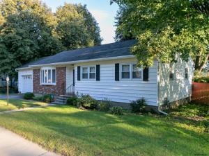 76 Lincoln Av, Saratoga Springs, NY 12866-4529