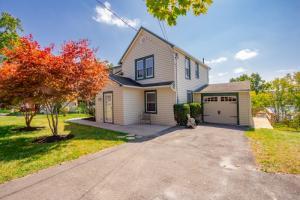 310 Butterfield Av, Alplaus, NY 12008-1027