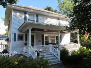 27 Coolidge Av, Glens Falls, NY 12801