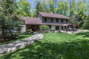 7394 Wileytown Rd, Middle Grove, NY 12850
