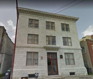 146 Barrett St, Schenectady, NY 12305