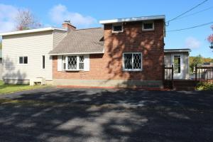 2081 Weast Rd, Pattersonville, NY 12137