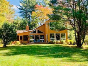18 Camp Way Rd (pvt), Adirondack, NY 12808