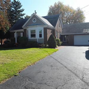 8 Alfred Dr East, Colonie, NY 12205