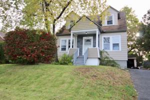 2320 Lenox Rd, Schenectady, NY 12308