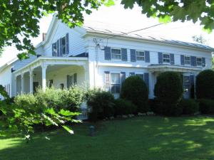 111 Vermont State Route 31, Wells, VT 05774