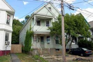 1710 Carrie St, Schenectady, NY 12308