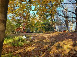 16 Vermont View Dr, Watervliet, NY 12189