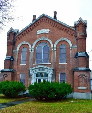 172 Ridge St, Glens Falls, NY 12801