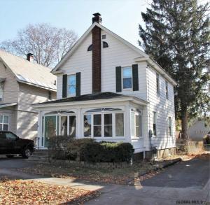 9 Alvey St, Schenectady, NY 12304