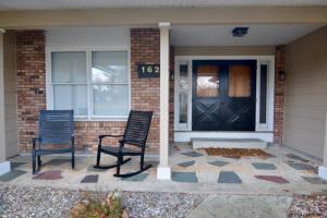 162 Crescent St, Saratoga Springs, NY 12866