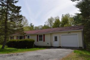 315 Angel Rd, Corinth, NY 12822-2212
