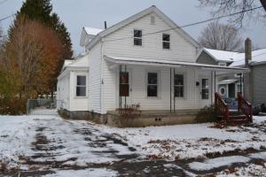 19 New St, Glens Falls, NY 12801