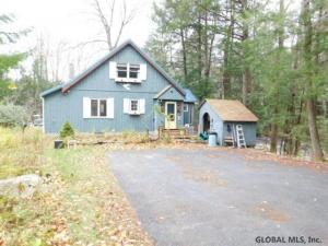 392 Cape Horn Rd, Johnstown, NY