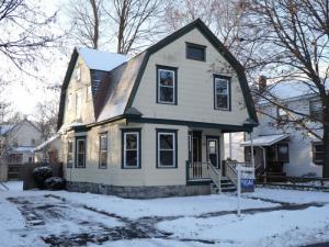 18 Kenworthy Av, Glens Falls, NY 12801