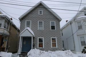1529 Devine St, Schenectady, NY 12308-1801