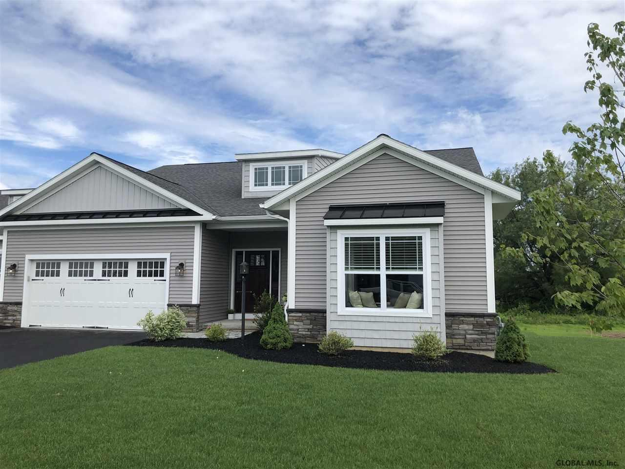 37 Vista Ct In Clifton Park Ny Listed For 344 900 00 By
