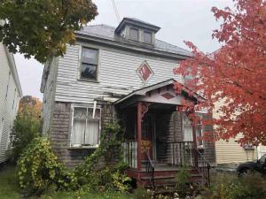 820 Grant Av, Schenectady, NY 12307
