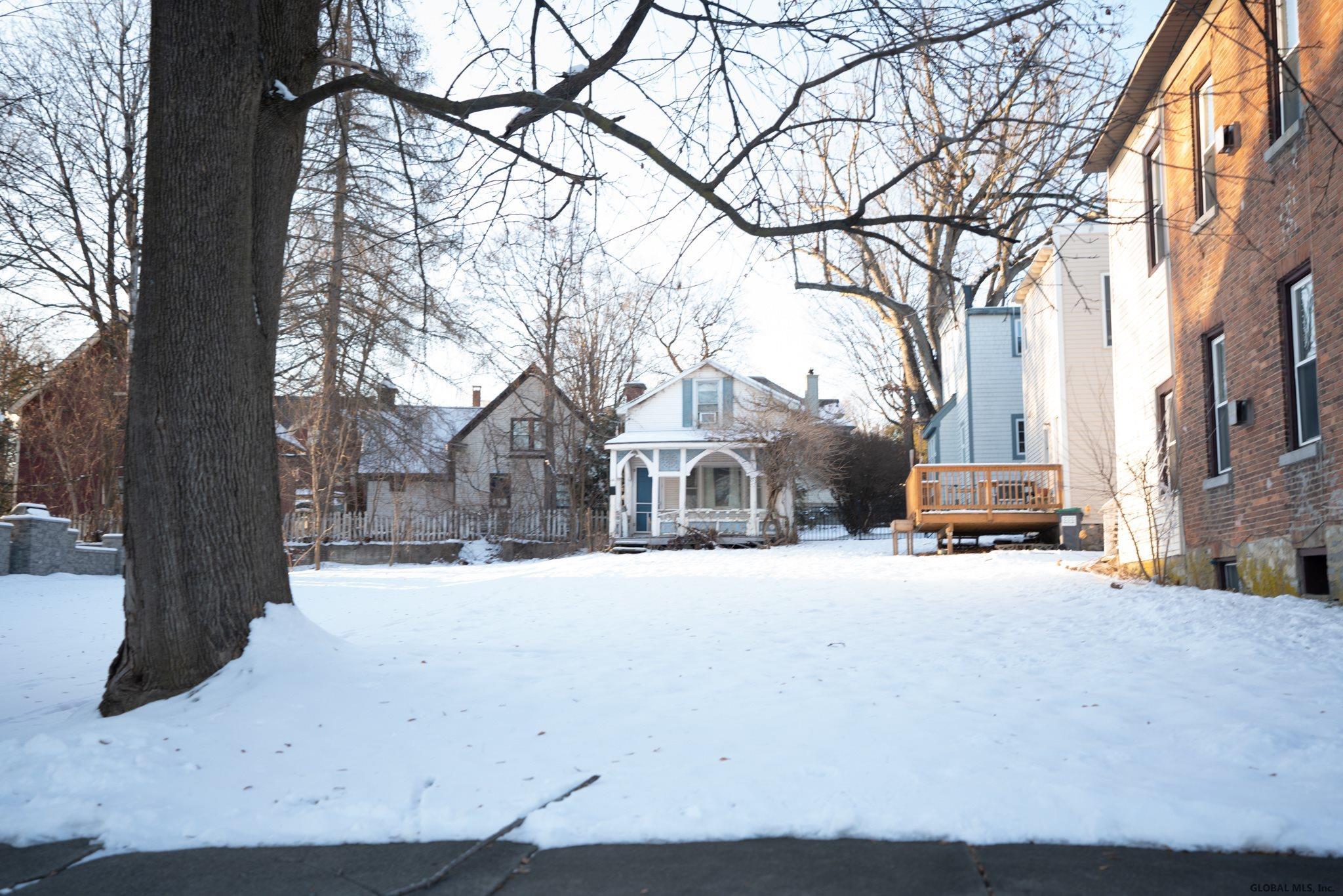 Saratoga S image 57