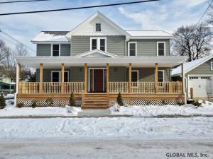 24 Grant Av, Glens Falls, NY 12801