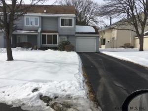 49 Preakness Way, Saratoga Springs, NY 12866