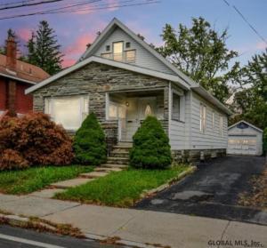 1649 Nott St, Schenectady, NY 12309