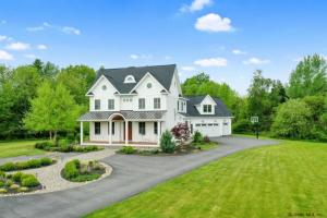 5062 Nelson Av Ext, Ballston Spa, NY 12020