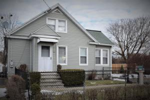 815 Curry Rd, Schenectady, NY 12306
