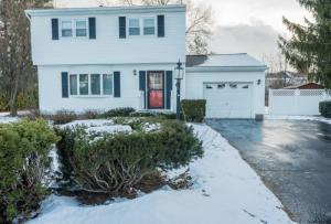19 Moore Av, Saratoga Springs, NY 12866