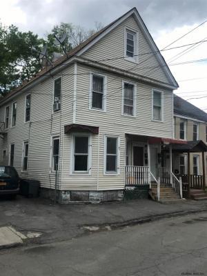 15 Moyston St, Schenectady, NY 12307