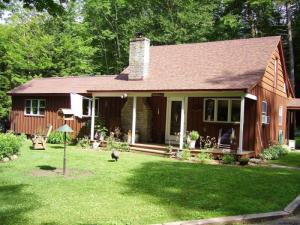 212 North Shore West Stoner Lak, Caroga Lake, NY 12032-5408