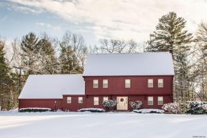 6 Pine Ledge Ter, Wilton, NY 12831
