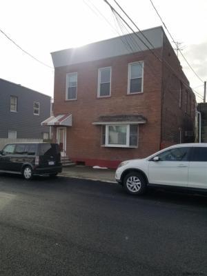 2 Lafayette St, Green Island, NY 12183