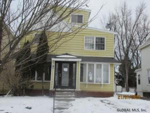 1827 Broad St, Schenectady, NY 12306
