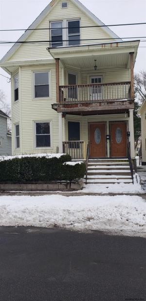 111 Edward St, Schenectady, NY 12304-2901