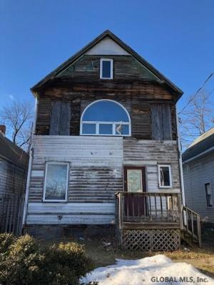 548 Paige St, Schenectady, NY 12307