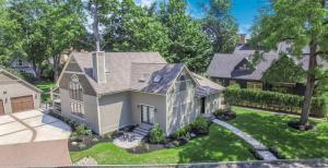55 Greenfield Av, Saratoga Springs, NY 12866