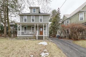 216 Elmer Av, Schenectady, NY 12308