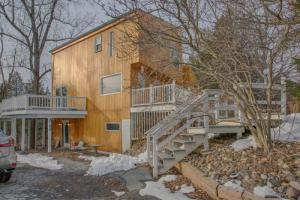 808 Mill Rd, RHINEBECK, NY 12572