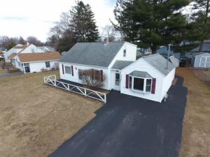 1071 Inner Dr, Schenectady, NY 12305
