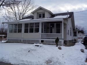 26 Lawnwood Av, Schenectady, NY 12304