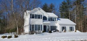 13 Tommy Luther Dr, Saratoga Springs, NY 12866-6053