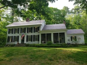 995 West Mountain Rd, Queensbury, NY 12804