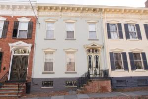 21 Washington Av, Schenectady, NY 12305