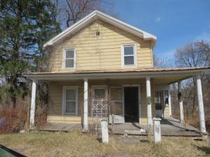 12 Bushnell Av, Catskill, NY 12414