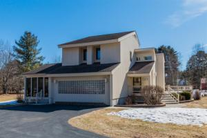112 Juergens Point Rd, Mayfield, NY 12117-3953