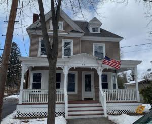 43 Grove Av, Glens Falls, NY 12801-2736